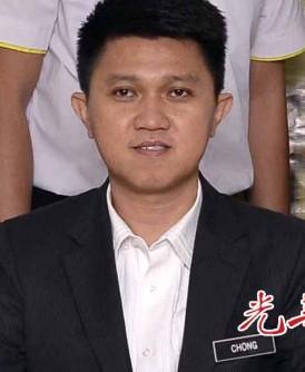 马青总团长张盛闻认为大学生有参加集会的权利。