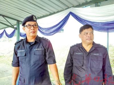 柔州防范罪案及社区安全局主任扎玛尼(左)及柔州肃毒局主任祖基菲利召开记者会公布今年吸毒者逮捕情况和发现窝点数量。