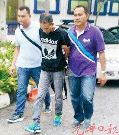 警方将男子带返警局查办。(档案照)