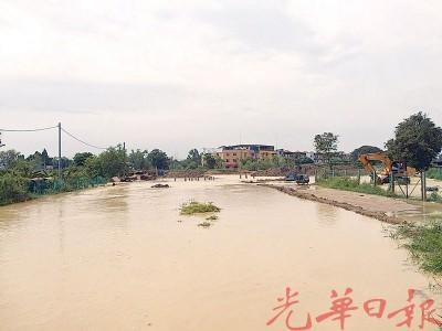 马章武可能到1只月来了4浅闪电水灾。