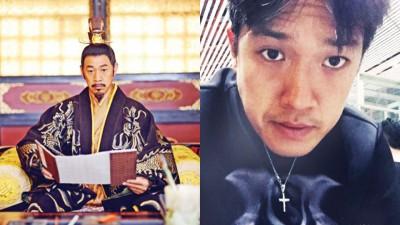 张丰毅在《武媚娘》饰演唐太宗。张丰毅26岁的儿子张博宇(小图)也是一名演员。
