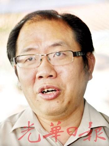 黄伟益:停车格由市政厅负责,因此住家前是否画及停车格与他的议员职位无关。