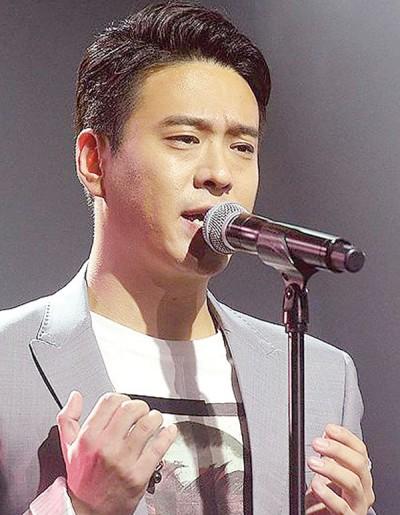 歌手前男友金勇俊快锋头。