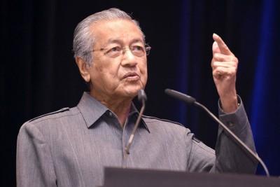 马哈迪:不能盲目跟从。