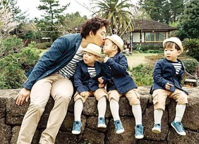宋一国与三胞胎大韩、民国、万岁,宣布退出《超人回来了》,让粉丝非常不舍。