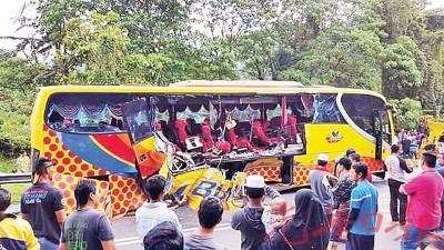 长巴与拖格罗里发生碰撞后,造成长巴内的4人丧生及26人受伤。