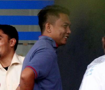 胜利鲁尼占周一抵金马警区总部,扶持录供助查时倒是让拘留。