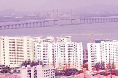 一个轻快铁线将与槟城大桥平行连接威省内陆,为人民带来便利。