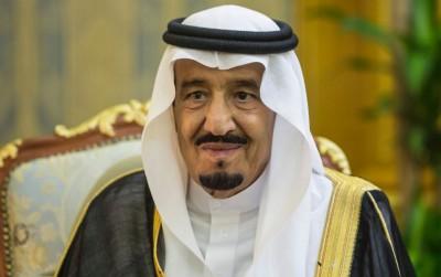 信指,沙地国王萨勒曼(贪图)打算改由亲儿继位。
