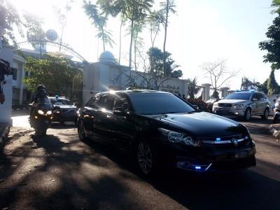 首相拿督斯里纳吉今早前往吉隆坡的吉打皇宫觐见摄政委员会。