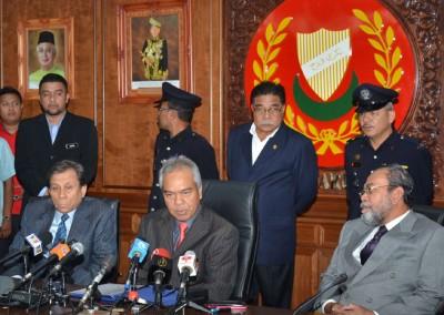 吉打州秘书巴卡丁宣布阿末巴沙受委吉打州新大臣。