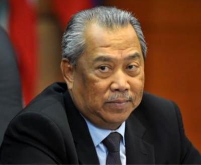 巫统署理主席丹斯里慕尤丁确定遭冻结党职。