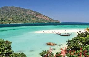 拥有最清澈海水的小岛,Koh Rawi。