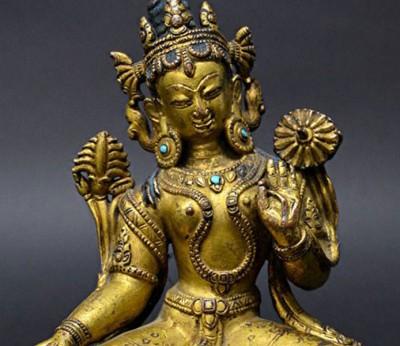 英国女子在汽车跳蚤市场以25英镑(约146令吉)买来一尊佛像,经专家鉴定证实是16世纪古董,一转手升值逾600倍!
