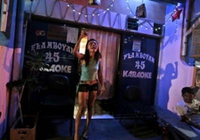 印尼非法卖淫活动猖獗。