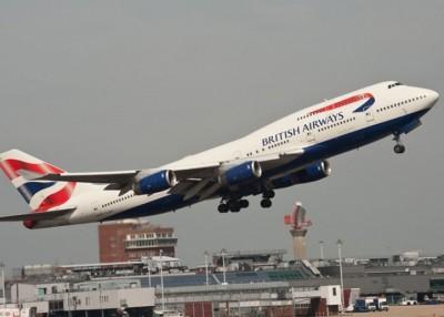 被捕男子非法登上一架英航波音747客机。