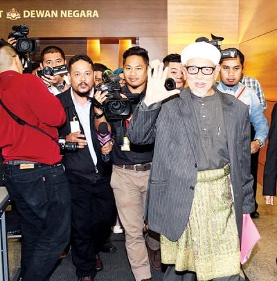 哈迪阿旺在国会走廊受询时认为,该党不少林冠英一张选票。