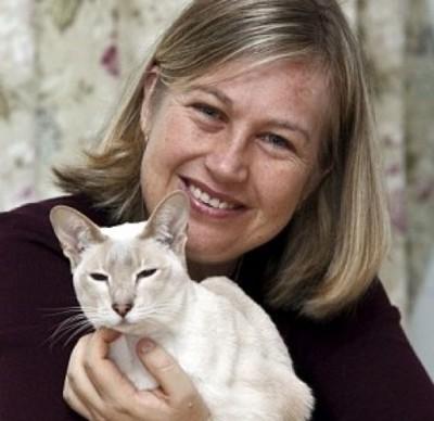 巴戈特终跟爱猫重聚。