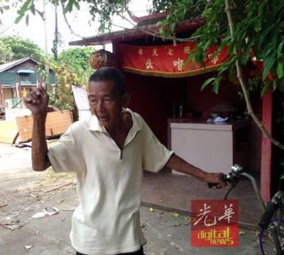 王先生指嫌犯曾因当乩童走火入魔。