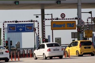 大道特许经营公司尚未对马来西亚大道局(LLM)提出降低非繁忙时段过路费的建议给予回应。