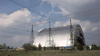坚强防护罩明年以拿封闭核电站的石棺密封。