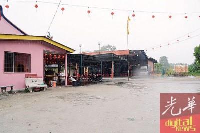 """福灵宫""""天王公""""酬神戏第四上,上终于下雨。"""
