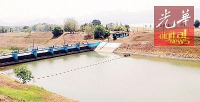 玻州蒂玛打苏水坝的水位告急,因此州政府吁请中央政府进行布云造雨工作。
