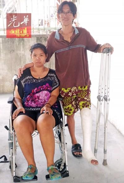 彭玉萍(左)养病期间一直依靠赖发杰照料,如今售卖辣椒酱,帮补生活。