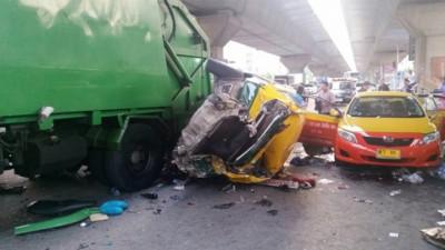 泼水节假期是泰国每年发生最多车祸的假期。