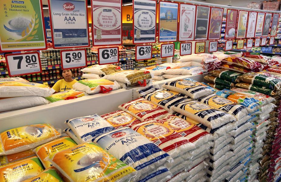 职总平价表示,新加坡人口今年首季对白米需求减少30%,俱谷米的销量则多25%。