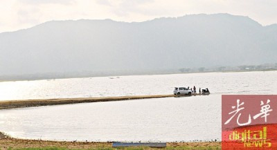 蒂玛由苏水坝的蓄水量还可维持一个月而已,大众给促节省用水。
