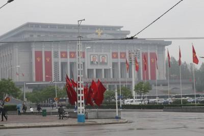 """劳动党全国代表大会在""""425文化会馆""""举行。"""