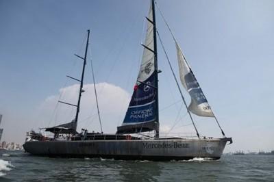霍恩开的帆船Pangaea。