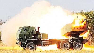 美国早前在菲律宾举行的联合军演中,曾出动海马斯机动火炮。