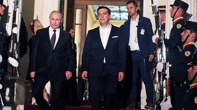 两位领袖一同出席记者会。(法新社照片)