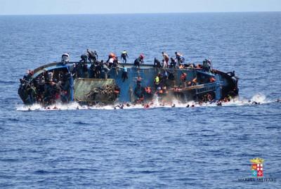 已有大批难民葬身地中海。