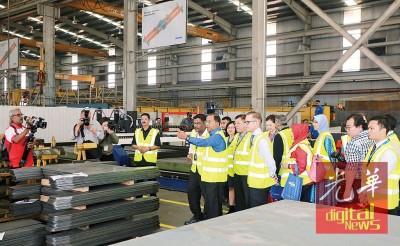 赞扬比里巡回BROMMA(马)私人有限公司厂房。
