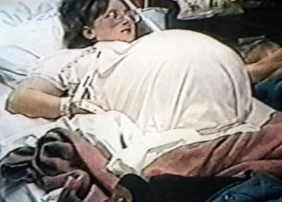 麦考伊当年比预产期早很多分娩。