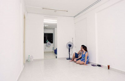 王宝华与越南妻上个月搬进新家,当时仍家徒四壁。(档案照)
