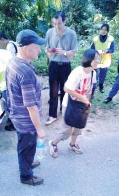 两名失踪者最终安全下山。