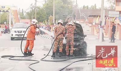 消拯队赶到现场后,才顺利将火势扑灭。