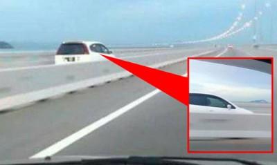 汽车误闯入摩托车道还能行驶完整个24公里路程。(取自社交网站)