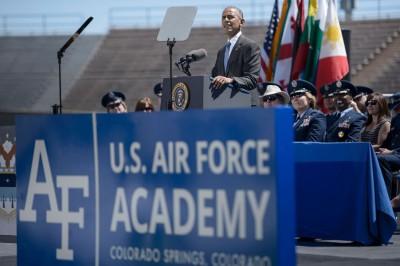 欧巴马吁国会尽快通过签署《联合国海洋法公约》,倘若美国在南海问题及获取更有益立场。(法新社照片)