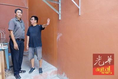 金吊桶寓遭祝融光顾,后巷被堵,阻碍救灾工作。