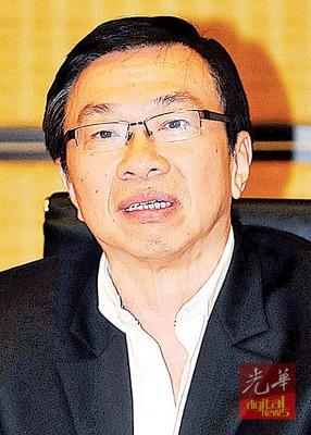王鸿财:也政府资助学校提供足够的拨款,盖应付行政开支和发展付出是政府之事。