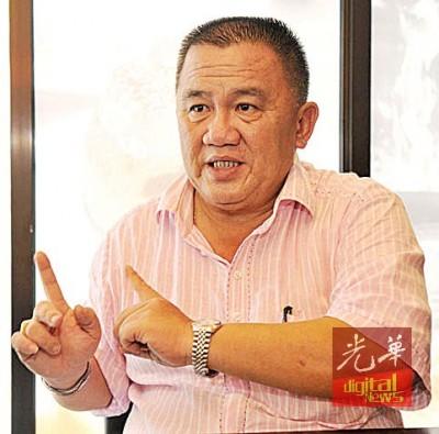 陈耀荣:今日去关税局8月1天落实两起新办法的生活太接近,所以要求政府展延及重新研究。