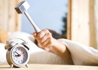 叫醒电话行业帮助了无数口解决睡过头的题目。
