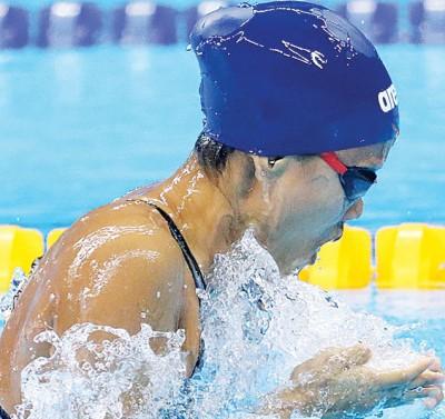 彭靖恩百米蛙泳预赛列第33位。