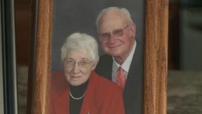 德朗热夫妇结伴走人生路逾60年,上月底在疗养院同日离世。