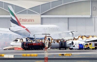 不久前,巴舍尔乘坐的阿联酋航空公司客机以机腹着地紧急降落杜拜国际机场后着火。